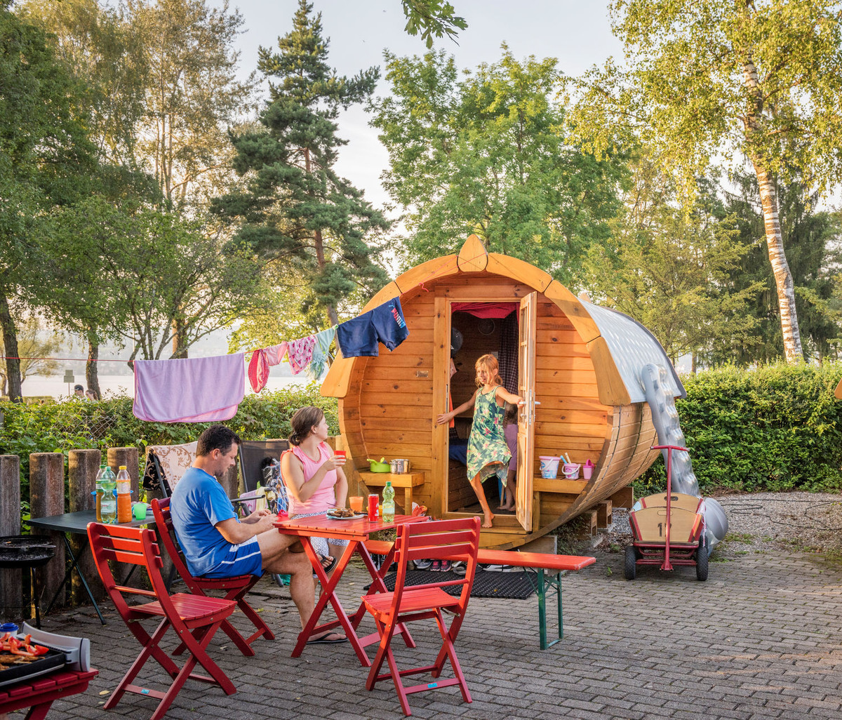 Konstanz-Campingplatz-Klausenhorn-Schlaffaesser-06_Herbst_Copyright_MTK-Dagmar-Schwelle